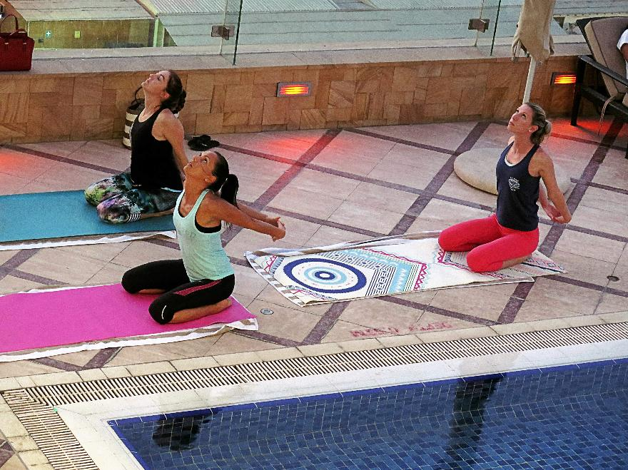 Outdoor Yogalates at Fraser Suites Dubai